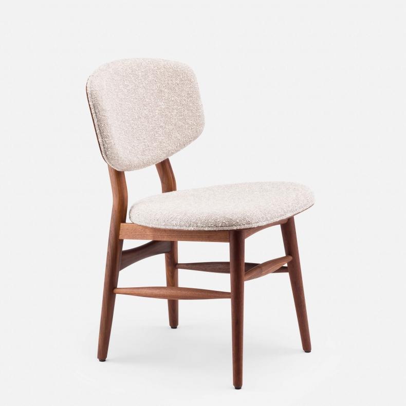 249 Butterfly Chair door Autoban via Suite Wood