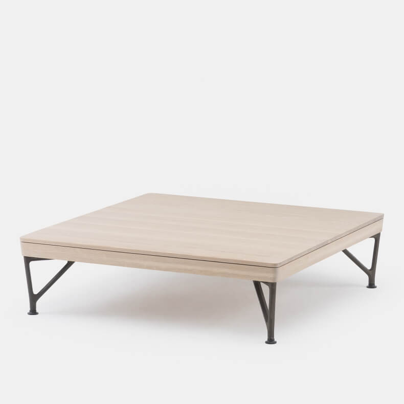Armstrong Coffee Table by Matthew Hilton in wit geolied eikenhout