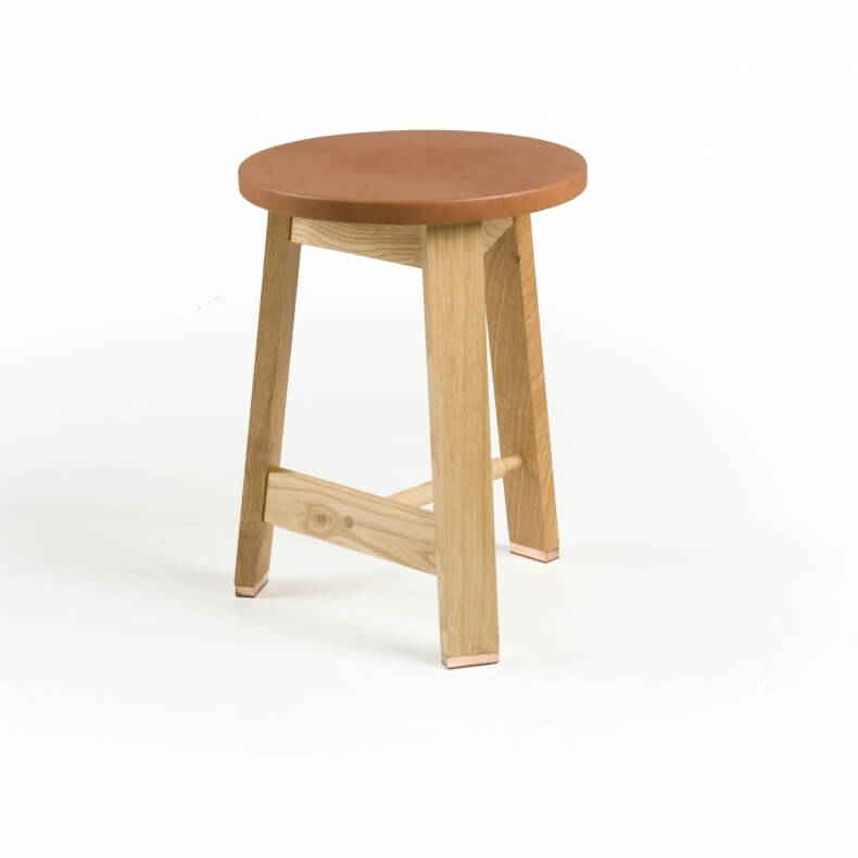 441 STOOL SHOWN IN DANISH OILED OAK AND BROWN LEATHER