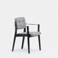 Capo Diningchair door Neri & Hu in black painted ash