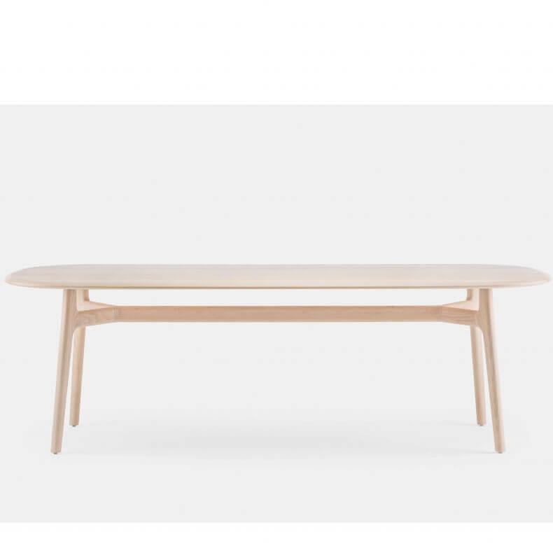 Solo Oblong Table door Neri & Hu in wit geolied essenhout