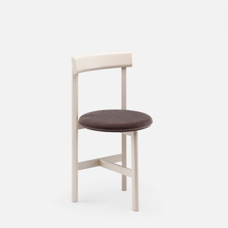 Petit 3 Chair door Neri & Hu - Suite Wood