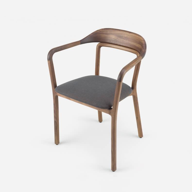 Duet Chair door Neri & Hu in walnotenhout en Canvas 764