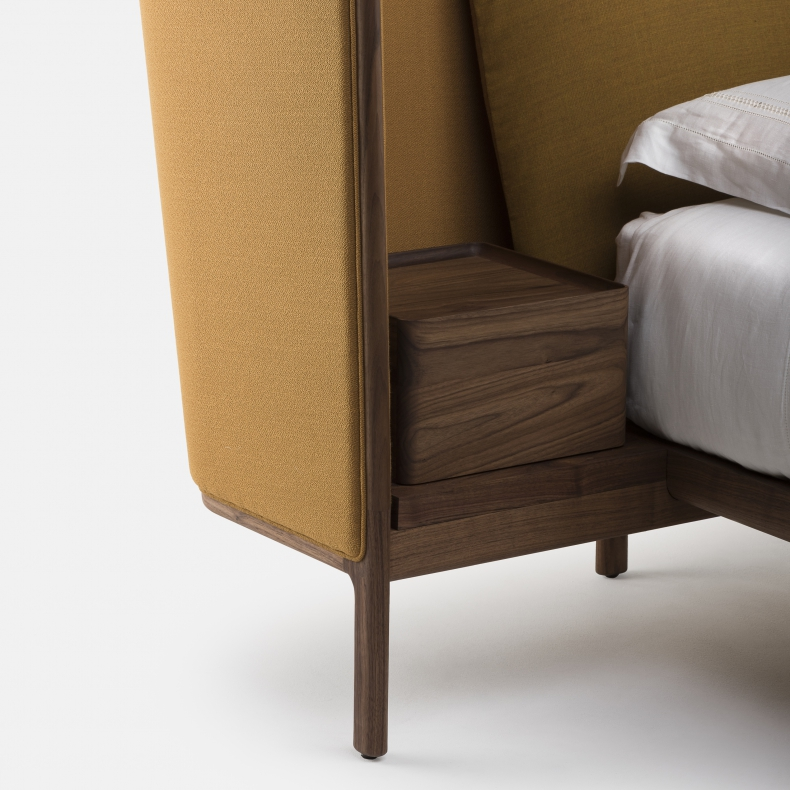Low Dubois Bed door Luca Nichetto - Suite Wood