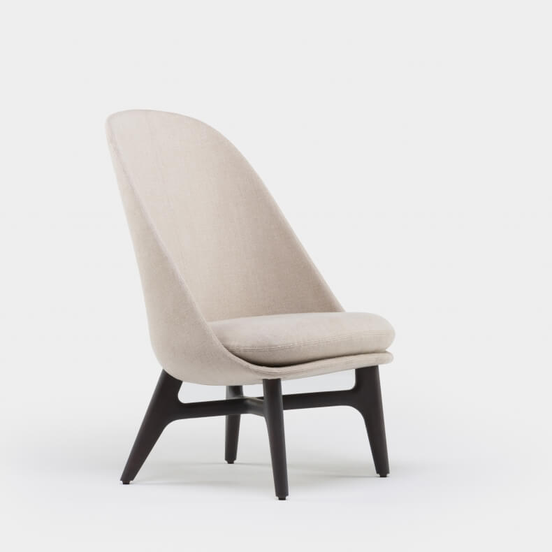 SOLO LOUNGE CHAIR SHOWN IN BROWN STAINED ASH AND LINEN
