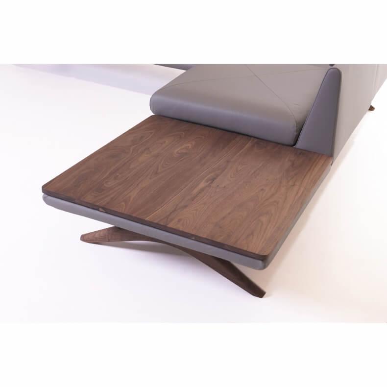 Hepburn Modular Sofa in walnotenhout en leer