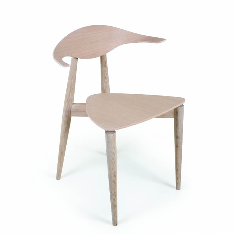 Manta Dining Chair in oak designed by Matthew Hilton and manufactured by De La Espada