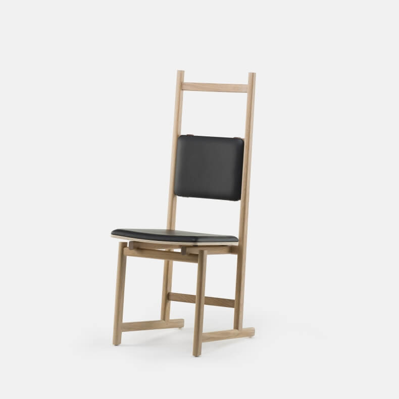 Shaker Dining Chair - Upholstered Seat door Neri & Hu in wit geolied eikenhout en leer
