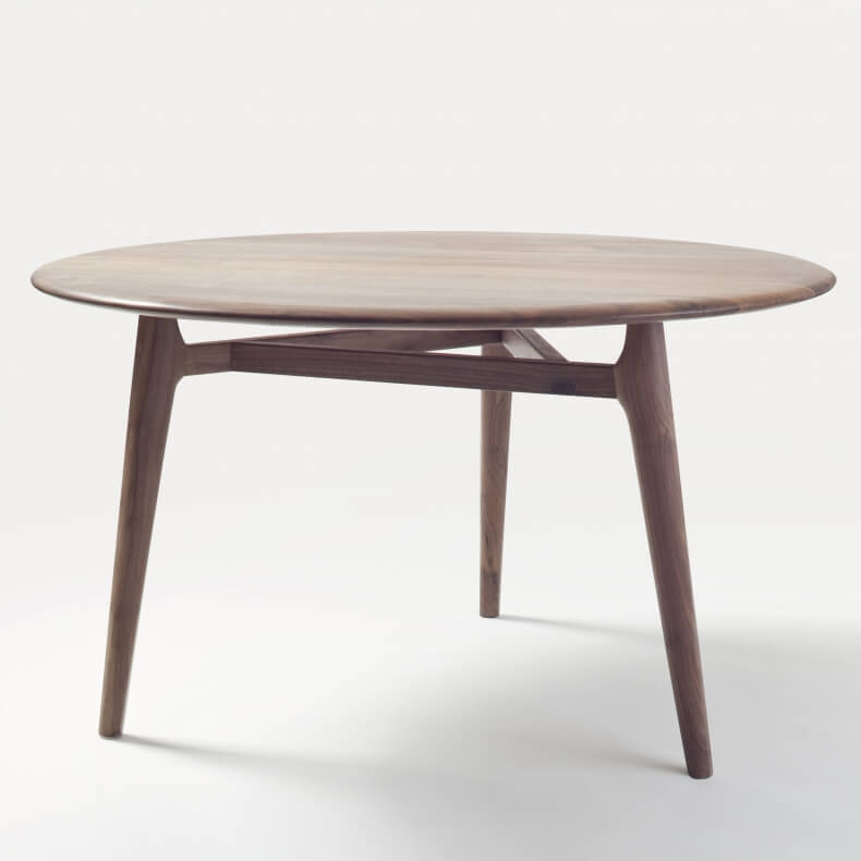 752MR SOLO MEDIUM ROUND TABLE SHOWN IN DANISH OILED WALNUT