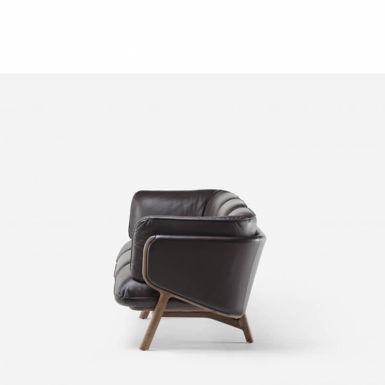 Stanley 3-Seater Sofa door Luca Nichetto voor De La Espada via Suite Wood