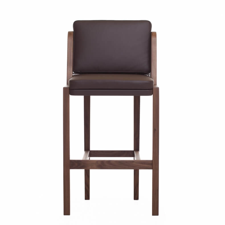 Throne Bar Stool met rotan door Autoban in walnotenhout en leer