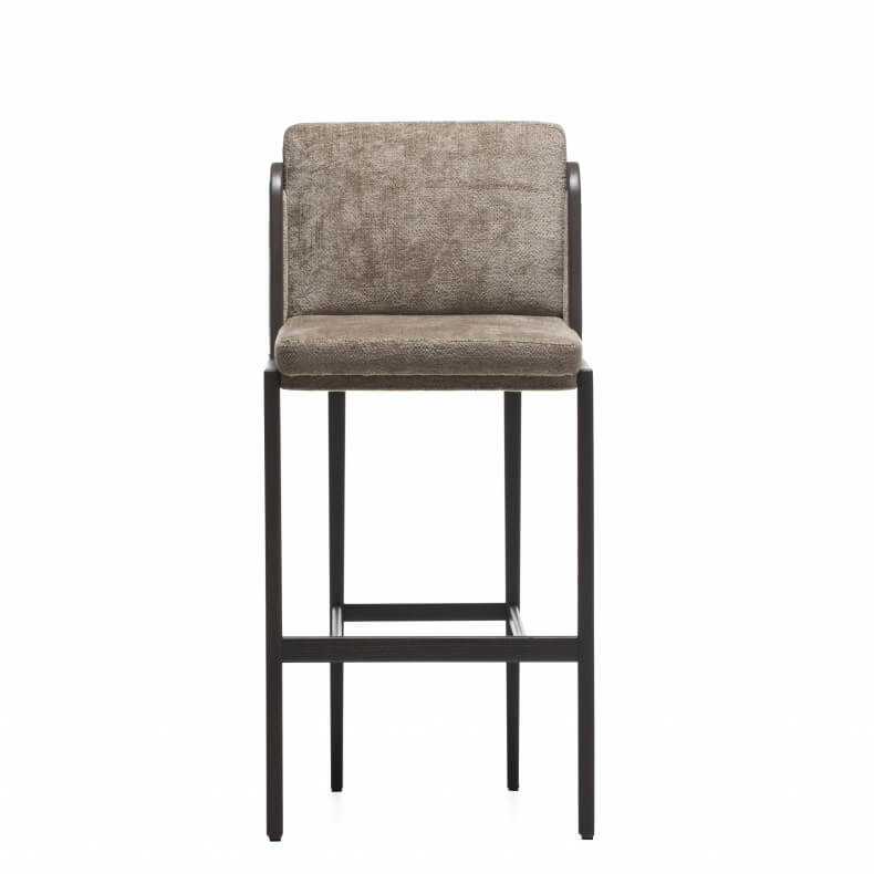 Throne Bar Stool door Autoban in bruin geschilderd essenhout