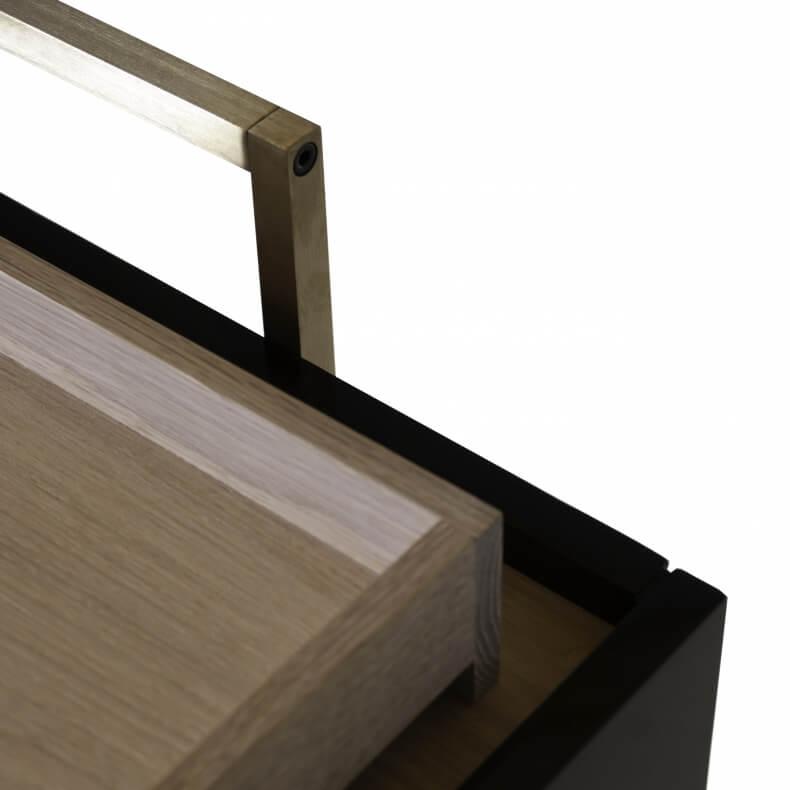 Trunk Low Cabinet door Neri & Hu in zwarte lak en eikenhout