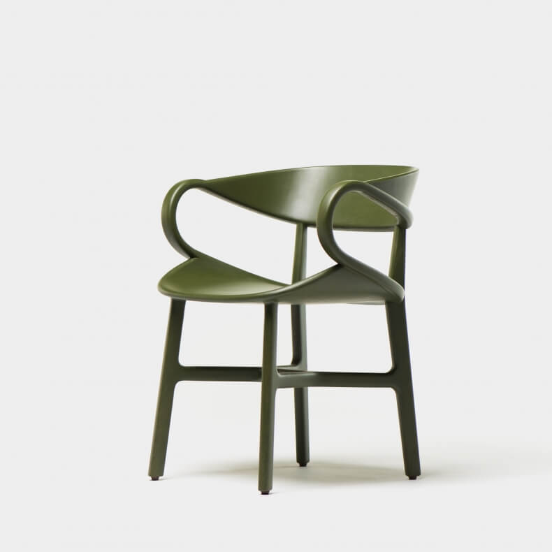 Vivien Dining Chair door Luca Nichetto in groen gebeitst essenhout